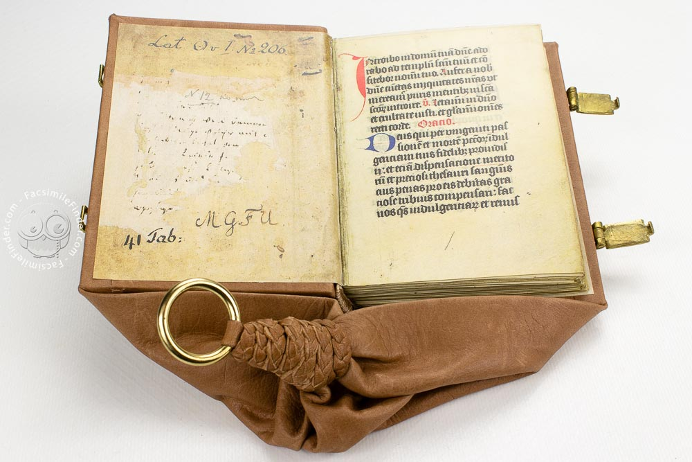 Liber Precum, facsimile edition with girdle binding