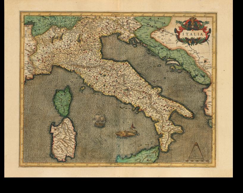 Fol. 125v/126r, Karte 1 der zweiten Lieferung 1589: Der italienische Stiefel im wellenförmig dargestellten Meer samt damals üblichem graphischem Beiwerk wie Schiffe und Fabelwesen; Titelkartusche mit Fruchtwerk.