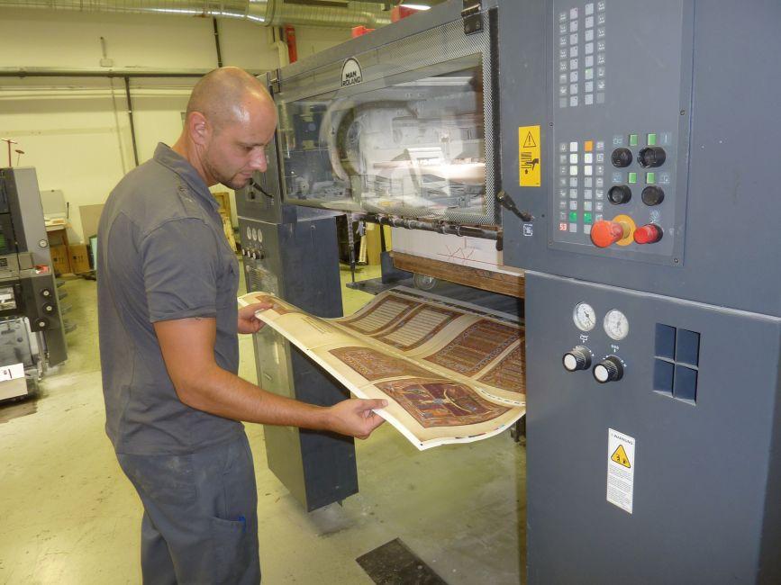 Faksimile Verlag: Printing facsimile editions