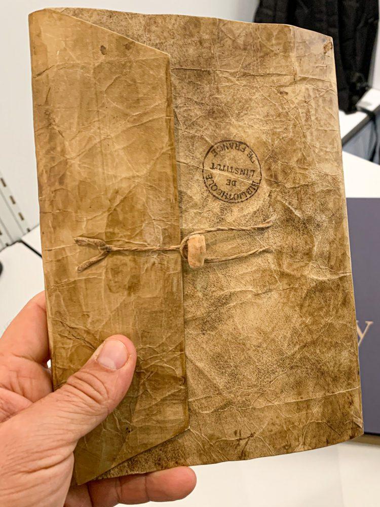 Manuscript A of the facsimile edition of sketchbooks by Leonardo da Vinci