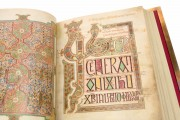 Lindisfarne Gospels, Cotton MS Nero D IV - British Library (London, UK) − photo 5