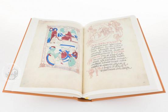 Sacramentarium Episcopi Warmundi, Ivrea, Biblioteca Capitolare di Ivrea, ms. LXXXVI/31 − Photo 1